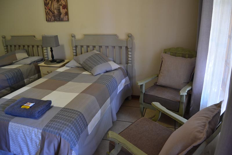 Palm Inn Guest House - Piet Retief Accommodation Mkhondo